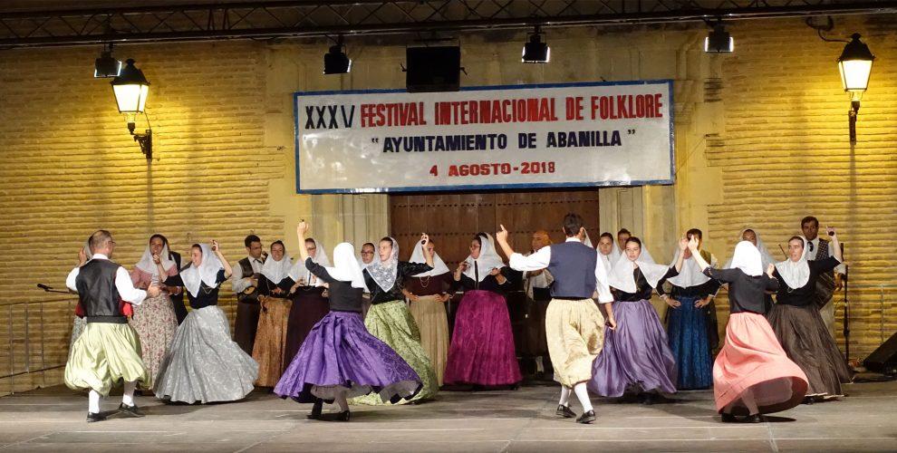Agrupación Folclórica Aires Monti-Sion de Perreres (Mallorca)